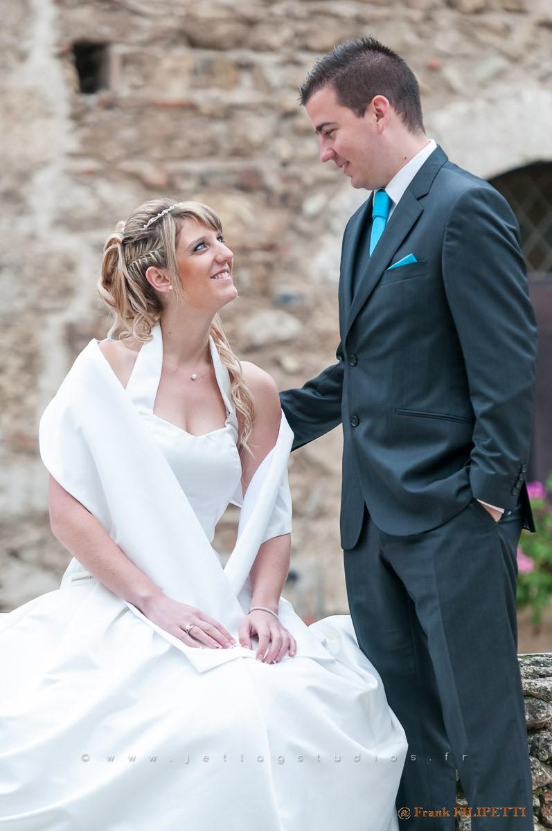 Beaux-mariés-regards-complices (Copier)